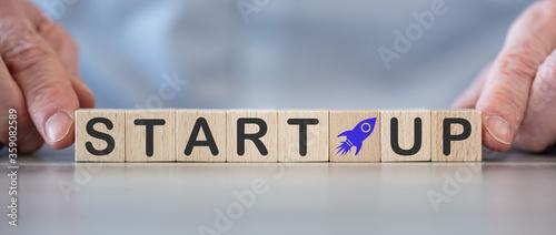 Fototapety, obrazy: Concept of start-up