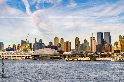 It's Architecture of New York City, USA Canvas Print