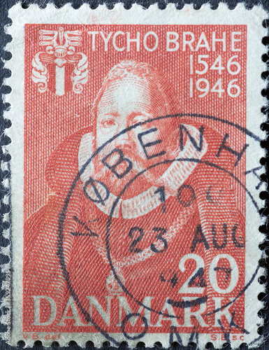 Papel de parede DENMARK - CIRCA 1946: A postage stamp from Denmark showing a portrait of the Dan