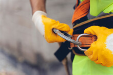 Fall Protection Systems; Full Harness Type Safety Belt