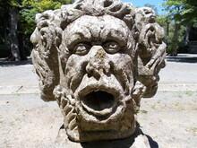 Czworoboczny Posąg Greckiego ...
