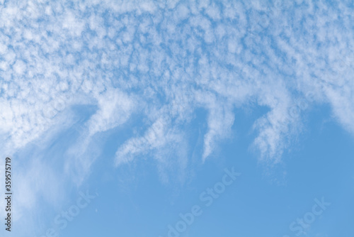 Photo Mackerel and mare's tails sky