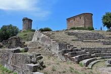 Velia - Scorcio Dal Teatro Rom...