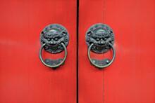 Ancient Old Chinese Red Door With God Symbol Metal Door Knob Ring