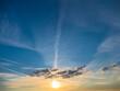 Leinwandbild Motiv Wolkengebilde am Abendhimmel