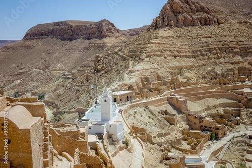 Valokuvatapetti Berber village in the sandstone mountain in the Sahara, Africa