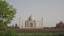 The Beautiful Taj Mahal In India - Wide
