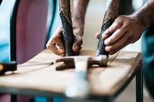 Hands Of An Aboriginal Artist ...