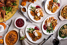 Festive Thankgiving Dinner Tab...