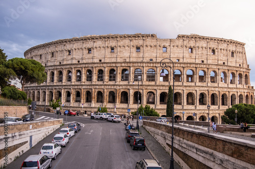 Obraz na plátne Rome - Italy: The Colosseum or Coliseum, also known as the Flavian Amphitheatre