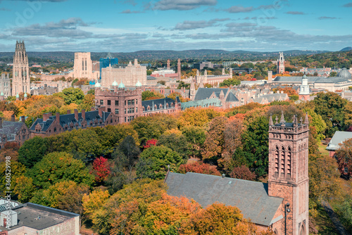 Valokuvatapetti City of New Haven in the fall from birds eye perspective