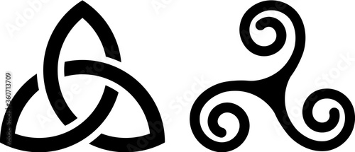 Obraz na plátně Celtic Triquetra knot and Celtic spiral isolated on white.