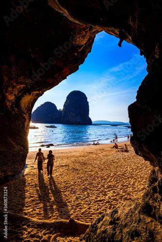 Fototapeta The beach is a famous travel destination in Krabi,Thailand. obraz