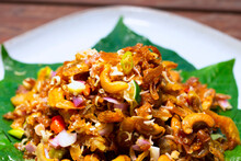 Herb Spicy Salad With Fired Sh...
