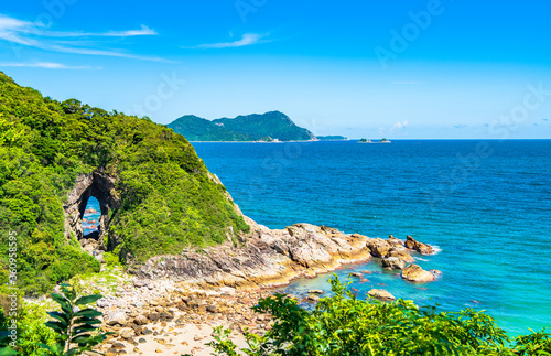 China Guangdong Shenzhen Dapeng Peninsula Dongchong coastline summer blue sky an Fototapet