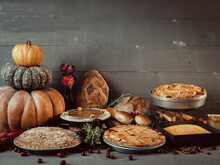 Arrangement Of Fall Season Des...