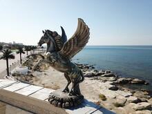 Statue Flying Horse Pegasus A ...