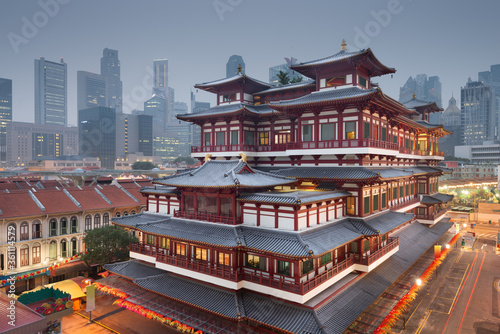 Fototapety, obrazy: Buddha Tooth Relic Temple in Singapore