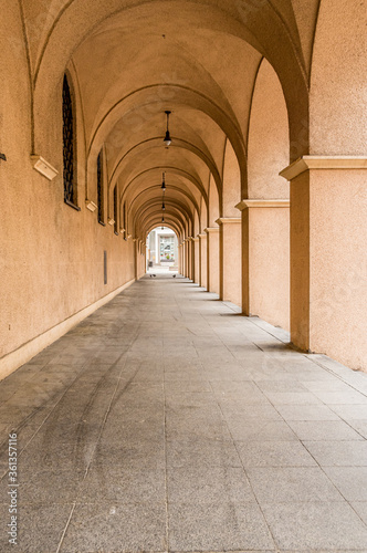Slika na platnu uliczki Starego Miasta w Opolu
