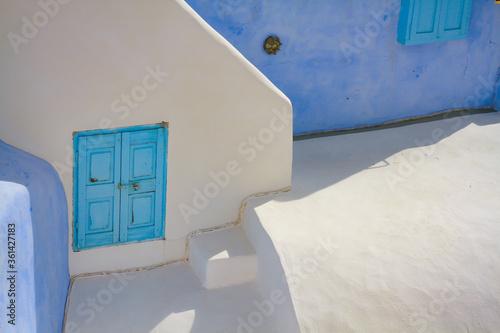 Fototapety, obrazy: white house in santorini greece