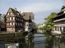 Timber Framed Houses Typical H...