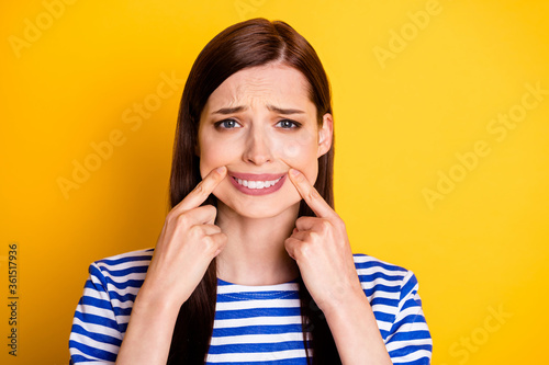 Photo Portrait of frustrated disappointed melancholic woman touch fingers lips mouth h