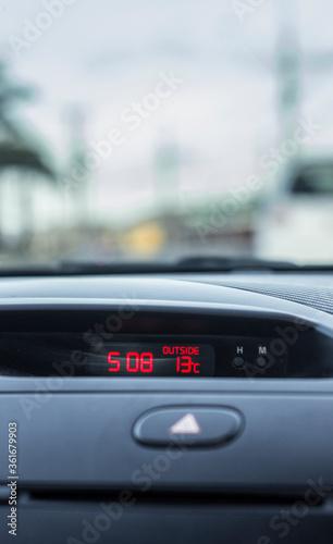 Temperatura de auto Canvas Print
