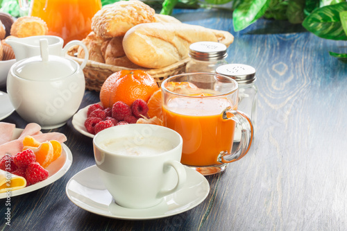 Fotografie, Obraz Fresh and continental breakfast table