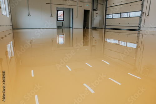 Fotomural Epoxy resin applied to the floor
