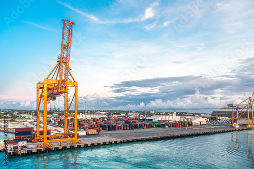 Fotomural BRIDGETOWN, BARBADOS - November 22, 2016: Freighters now carry most of the world's cargo and the largest container ships can carry over 21,000 units of freight
