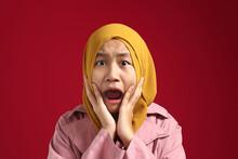 Asian Muslim Teenage Young Gir...