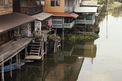High angle shot of a village on stilts at the river banks Tapéta, Fotótapéta