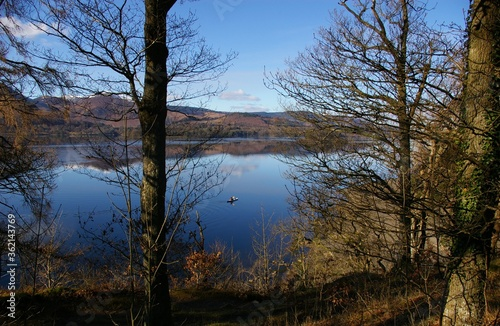 A winter morning looking across Derwent Water in the Lakes District, Cumbria, England, UK Fototapet