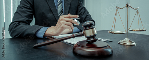 Fototapeta Lawyers or lawyers are currently investigating in the law room. obraz