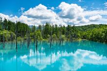 7月の青い池夏雲リフレ