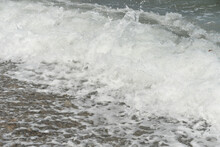Average Waves On The Sea Reach...