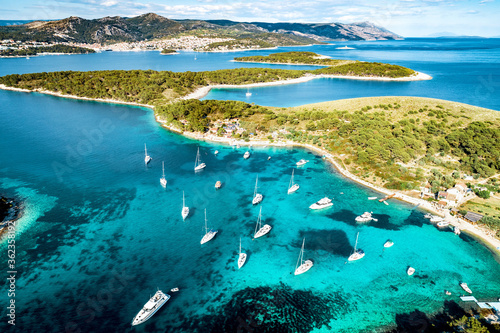 Obraz Aerial view of Paklinski Islands in Hvar, Croatia. - fototapety do salonu