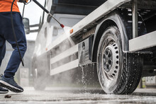 Towing Truck Outdoor Pressure ...