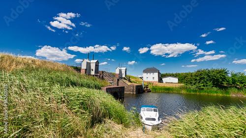 Photo Lock at the marsh