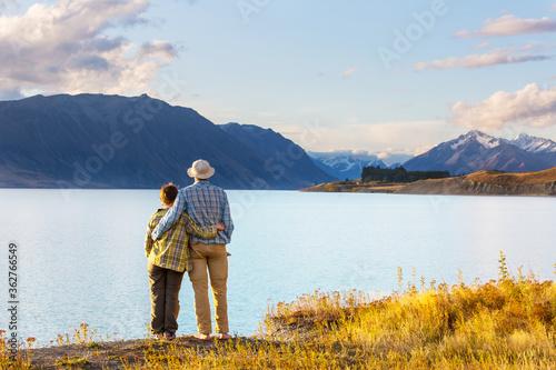 Fototapeta Couple in mountains obraz