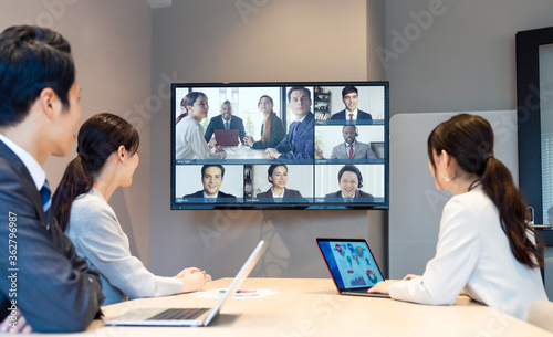 テレビ会議 ビデオ会議 テレミーティング ウェビナー Fotobehang