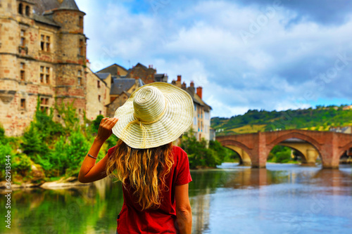 Fototapeta woman tourist in France, Espalion in Aveyron obraz