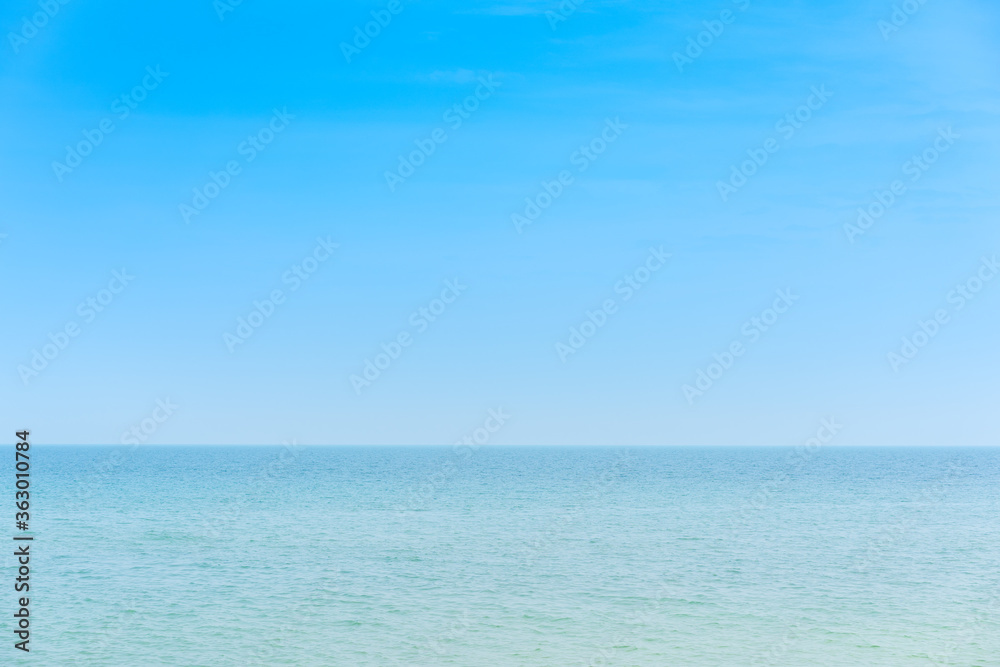 Fototapeta Scenic View Of Sea Against Clear Blue Sky