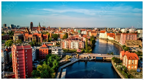 Obraz Aerial View Of Buildings And River In City - fototapety do salonu