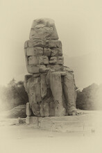 Colossus Of Memnon Sits In A F...