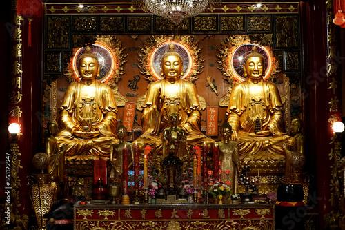 Fotografie, Tablou Wat Mangkon Kamalawat also known as Wat Leng Noei Yi, Dragon Lotus Temple, the l