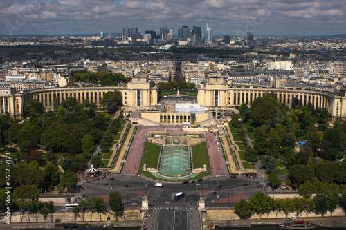 Francja , Paryż , sierpień 2015 , widok na Paryż  z Wieży Eiffla