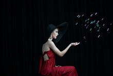 Beautiful Girl In A Black Hat ...