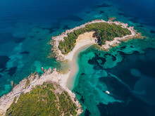 Aerial View Of A Beautiful Des...