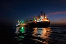 Night Loading Big Mother Sea B...